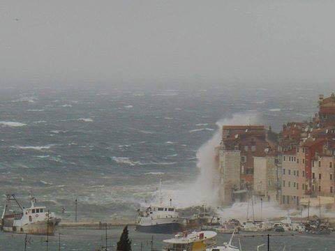 Segelyacht im sturm  Bilder zum Sturm in unserer